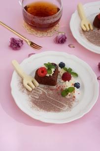 バレンタイン~ハートのガトー・オ・ショコラ の写真素材 [FYI01244923]