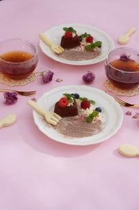 バレンタイン~ハートのガトー・オ・ショコラ の写真素材 [FYI01244925]
