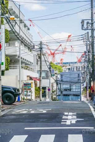 東京の路地裏イメージの写真素材 [FYI01245010]