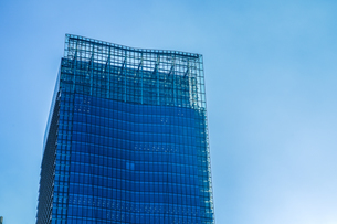 東京丸の内のビジネス街・オフィスビルのイメージの写真素材 [FYI01245433]