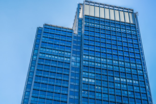 東京丸の内のビジネス街・オフィスビルのイメージの写真素材 [FYI01245438]