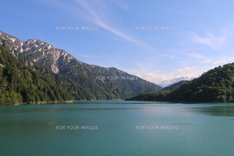 湖の写真素材 [FYI01245703]