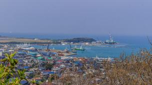 春の館山城跡からみた風景の写真素材 [FYI01246016]