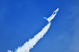 アクロバット飛行の写真素材 [FYI01246614]
