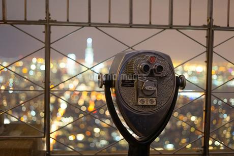 エンパイヤステートビルの望遠鏡の写真素材 [FYI01246648]