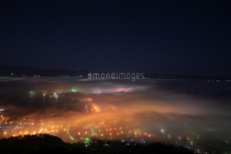 函館雲海夜景の写真素材 [FYI01247040]
