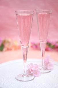 桜のシャンパンの写真素材 [FYI01247861]