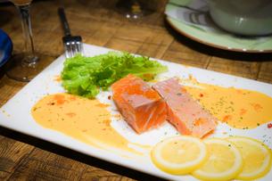 おしゃれなレストランの料理のイメージの写真素材 [FYI01248074]
