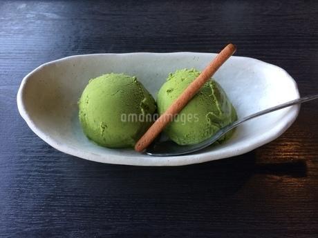 京都の抹茶アイスの写真素材 [FYI01248581]