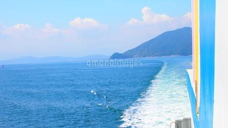航路の波の写真素材 [FYI01249834]