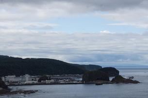 知床半島 プシェ岬からの風景(ウトロ)の写真素材 [FYI01250126]