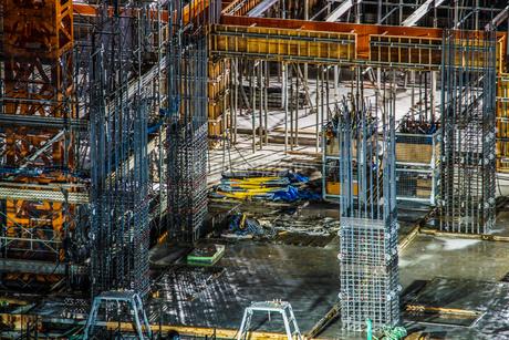 ビルの骨組みのイメージ(建設中)の写真素材 [FYI01250978]