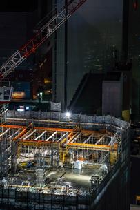 建設中のビルのイメージの写真素材 [FYI01251025]