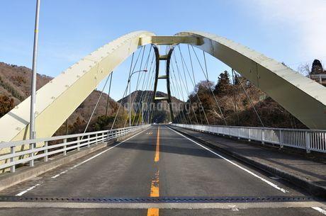 道志みちの橋 上野田大橋の写真素材 [FYI01251202]