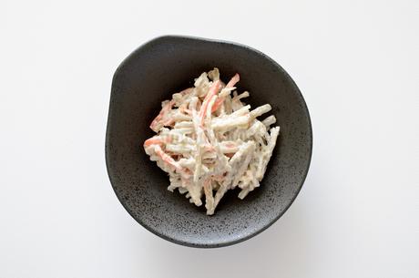 ごぼうサラダの写真素材 [FYI01251250]