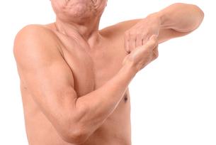 日本人シニアの健康な体の写真素材 [FYI01251255]