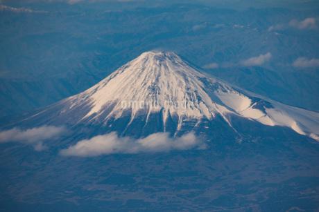 富士山空撮の写真素材 [FYI01251302]