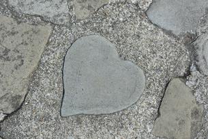 ハート型の石の写真素材 [FYI01251317]