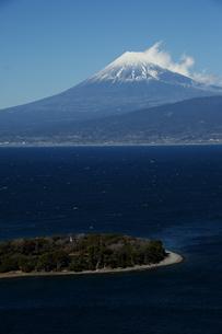 駿河湾からの富士山の写真素材 [FYI01251323]