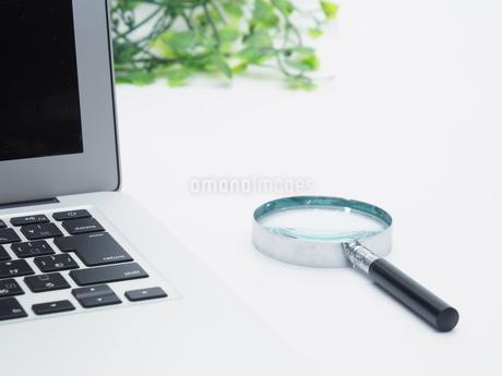 ノートパソコン ビジネスイメージの写真素材 [FYI01251649]