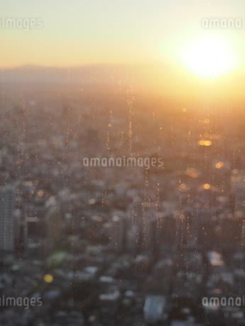夕暮れの街並みの写真素材 [FYI01252726]