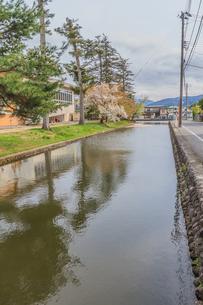春の米沢城跡の風景の写真素材 [FYI01252758]