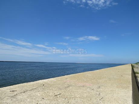 海と空の写真素材 [FYI01253075]