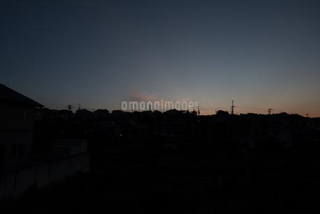 夜明け前の空の写真素材 [FYI01255463]