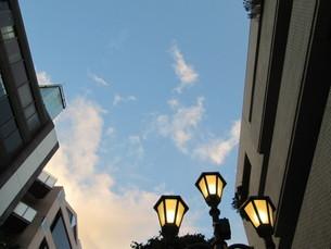 夕暮れの街の写真素材 [FYI01255593]