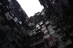 集合住宅の写真素材 [FYI01255609]