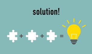 パズルと電球イラスト ソリューションイメージのイラスト素材 [FYI01255925]