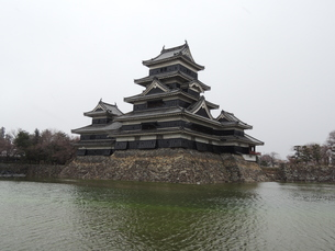 松本城天守閣の写真素材 [FYI01256395]