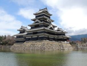 松本城天守閣の写真素材 [FYI01256407]