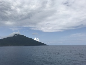 海と山の写真素材 [FYI01257113]