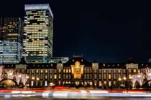 Illumination at Tokyo Stationの写真素材 [FYI01257311]