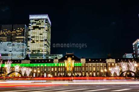 Illumination at Tokyo Stationの写真素材 [FYI01257314]