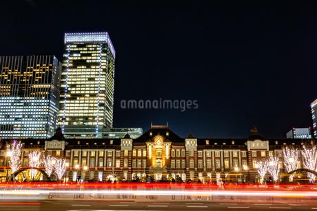 Illumination at Tokyo Stationの写真素材 [FYI01257315]