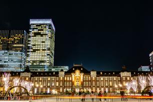 Illumination at Tokyo Stationの写真素材 [FYI01257317]