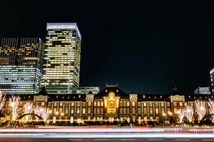 Illumination at Tokyo Stationの写真素材 [FYI01257318]