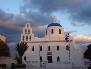 サントリーニ島 イアの教会 santorini oiaの写真素材 [FYI01257416]