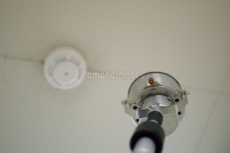 消防設備点検の写真素材 [FYI01257609]