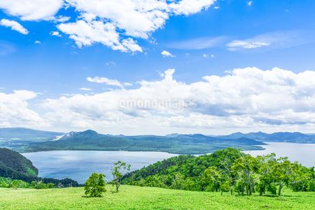 爽快 北海道 藻琴山展望台の写真素材 [FYI01257992]