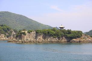 日本の広島県福山市鞆の浦の海と船の風景の写真素材 [FYI01258236]