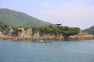 日本の広島県福山市鞆の浦の海と船の風景の写真素材 [FYI01258237]