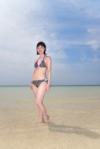 宮古島/下地島空港17エンドでポートレート撮影の写真素材 [FYI01258256]
