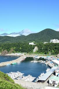 北海道 知床 斜里町ウトロ オロンコ岩より望むの写真素材 [FYI01258650]
