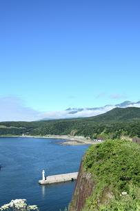 北海道 知床 斜里町ウトロ オロンコ岩より望むの写真素材 [FYI01258652]
