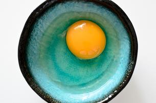 生卵の写真素材 [FYI01259379]