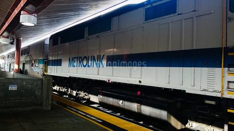 ロサンゼルス駅でのメトロリンクの写真素材 [FYI01259613]