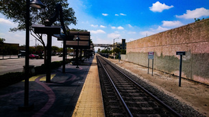 ロス ボルドウインパーク駅での写真素材 [FYI01259617]